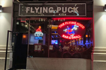 Flying Puck Bar