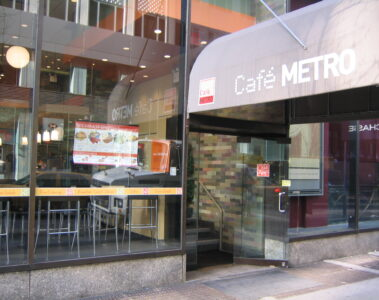 Cafe Metro Rock Center