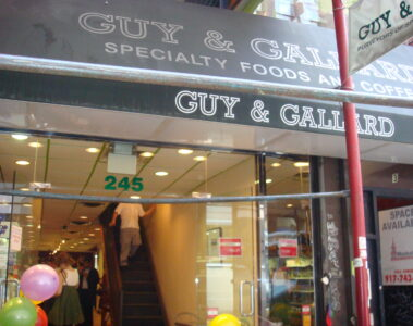 Guy & Gallard (Times Square)