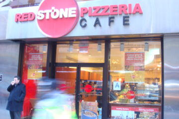 Red Stone Pizzeria Cafe